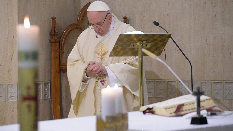 Missa na Capela da Casa Santa Marta  (Vatican Media)