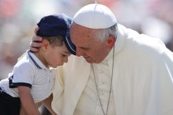 """""""Sacerdotes: sejam pais que vivam a paternidade espiritual"""""""