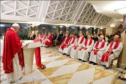 Papa: No templo não celebramos um rito, mas adoramos a Deus