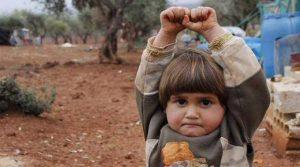 Esta foto comoveu o mundo nas redes sociais, e o que ela fala sobre a realidade dos cristãos perseguidos?
