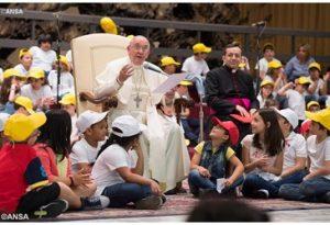 Fábrica de paz , precisa-se – Papa a crianças e adolescente