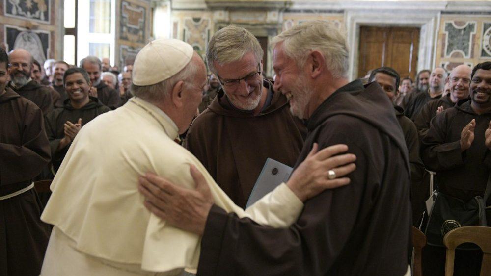 Papa aos capuchinhos: liberdade profética e sábio discernimento