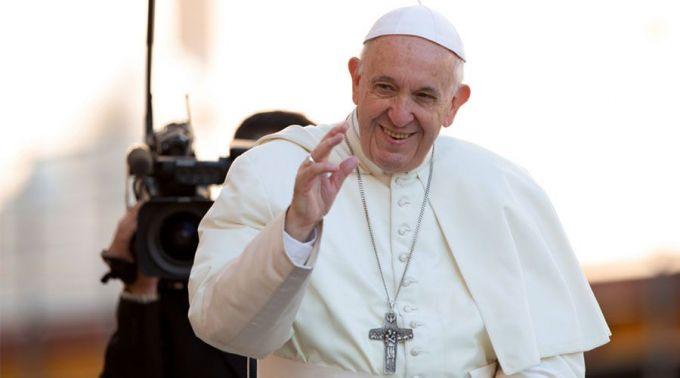 Este é o motivo pelo qual Papa convidou os cristãos a rezar o Terço em outubro