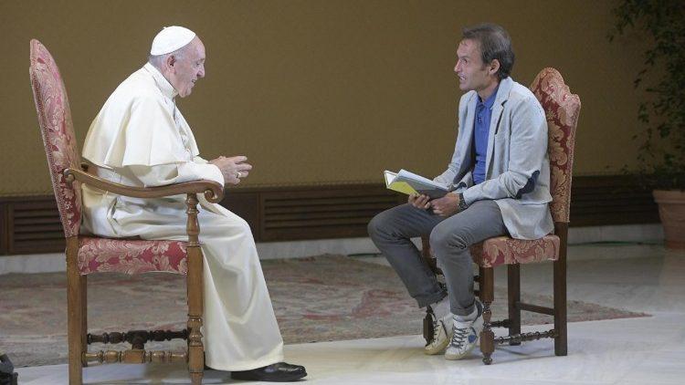 Papa Francisco fala sobre a morte na TV2000
