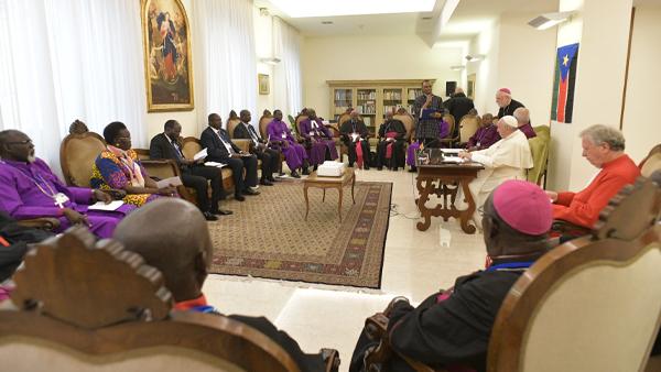 """Papa aos líderes do Sudão do Sul: """"Que o fogo da guerra se apague"""""""