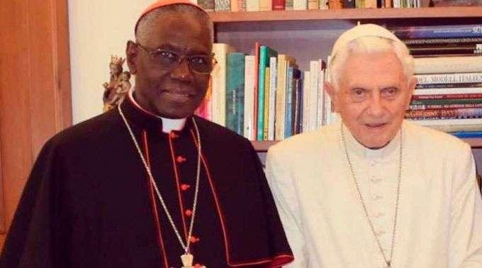 Bento XVI e Cardeal Sarah publicam livro sobre celibato sacerdotal