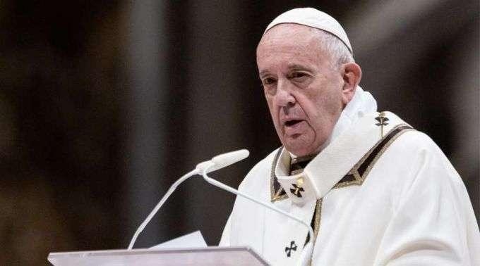 Vaticano recorda posição do Papa Francisco sobre celibato sacerdotal