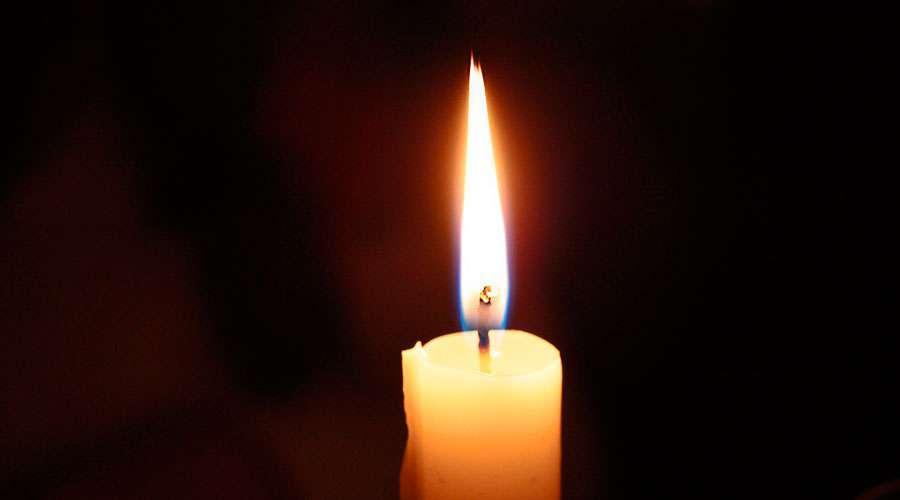 Bispos da França pedem para acender uma vela de esperança nas janelas frente ao coronavírus
