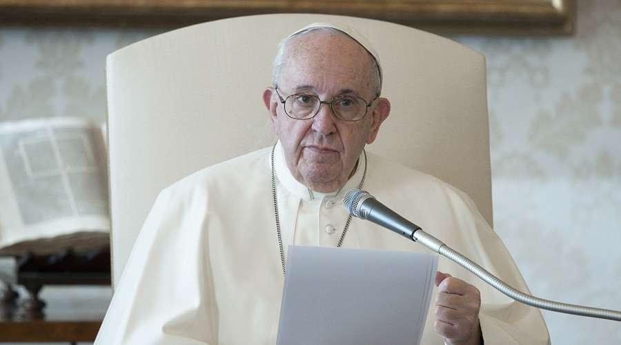 Papa destaca aos jovens o valor da pureza e do respeito pela dignidade da mulher
