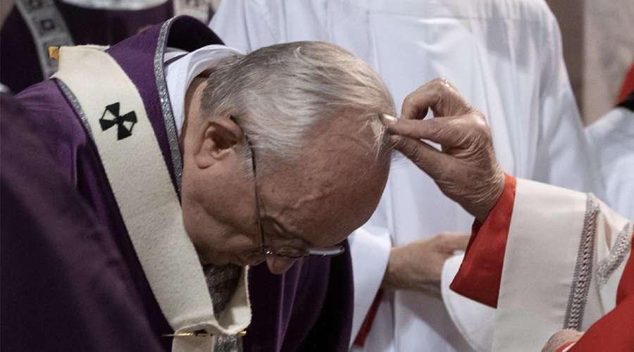 Quarta-feira de Cinzas 2021: Vaticano indica como distribuir cinzas sem infectar por Convid-19