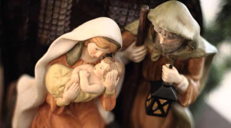 Em que momento Cristo derramou suas primeiras gotas de sangue por amor à humanidade?