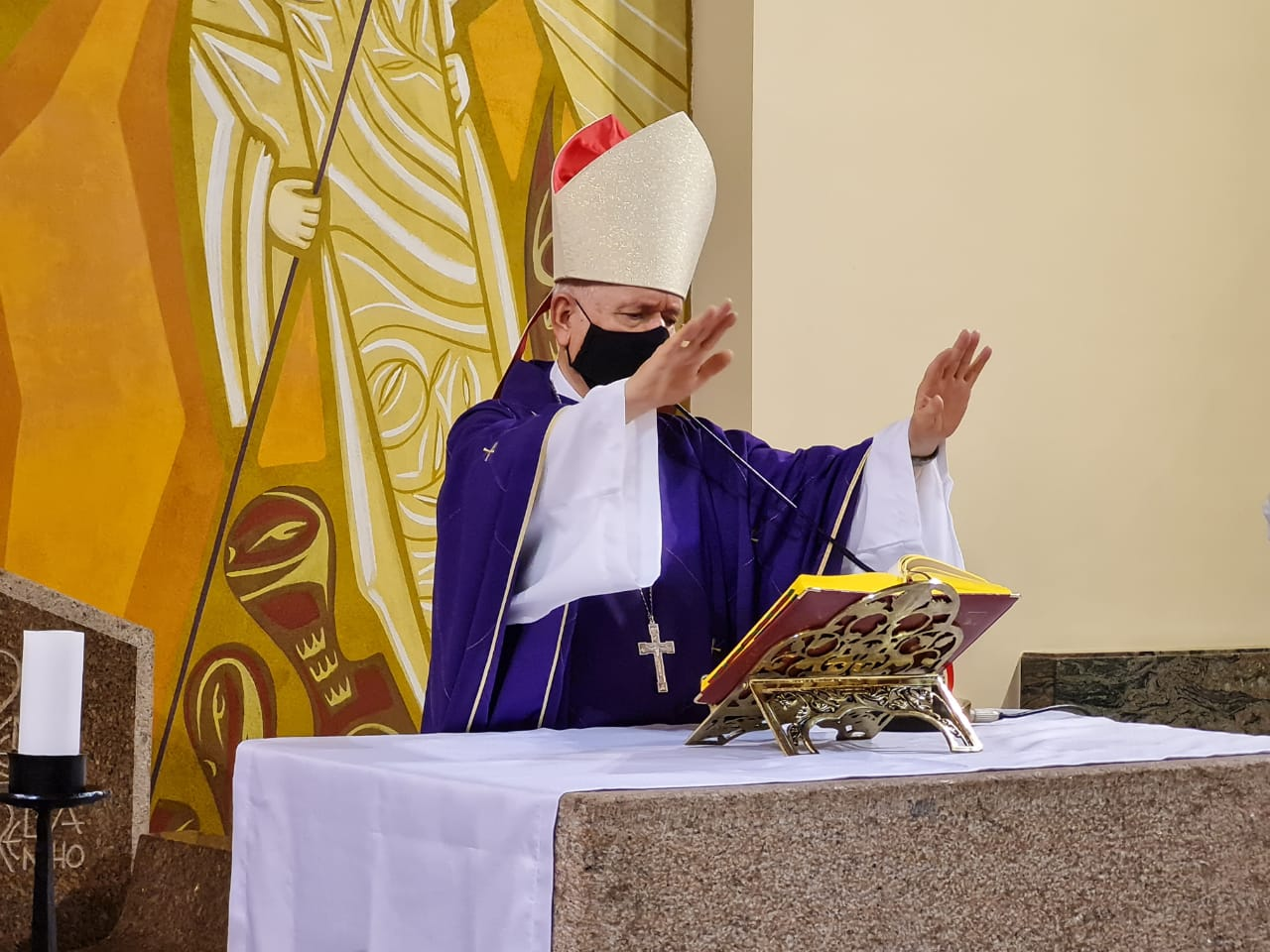 Bispo Diocesano preside Missa em comemoração aos 180 anos da Paróquia Nossa Senhora dos Prazeres