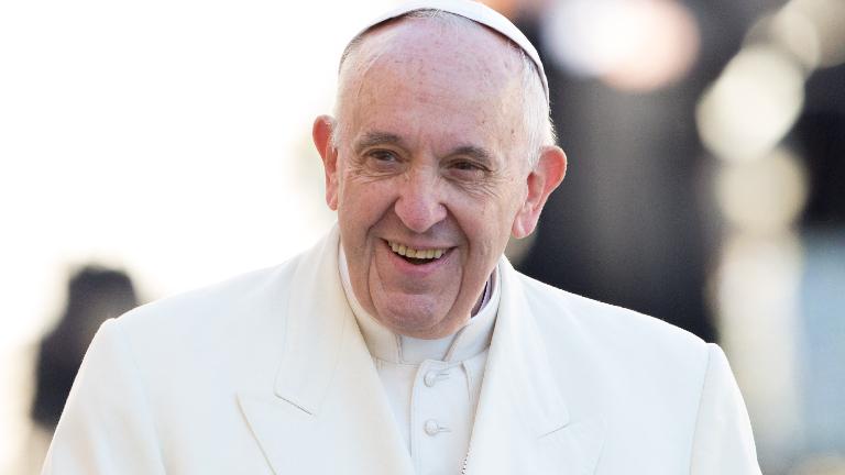 Papa acolhe com alegria tradução da Fratelli tutti para a língua russa