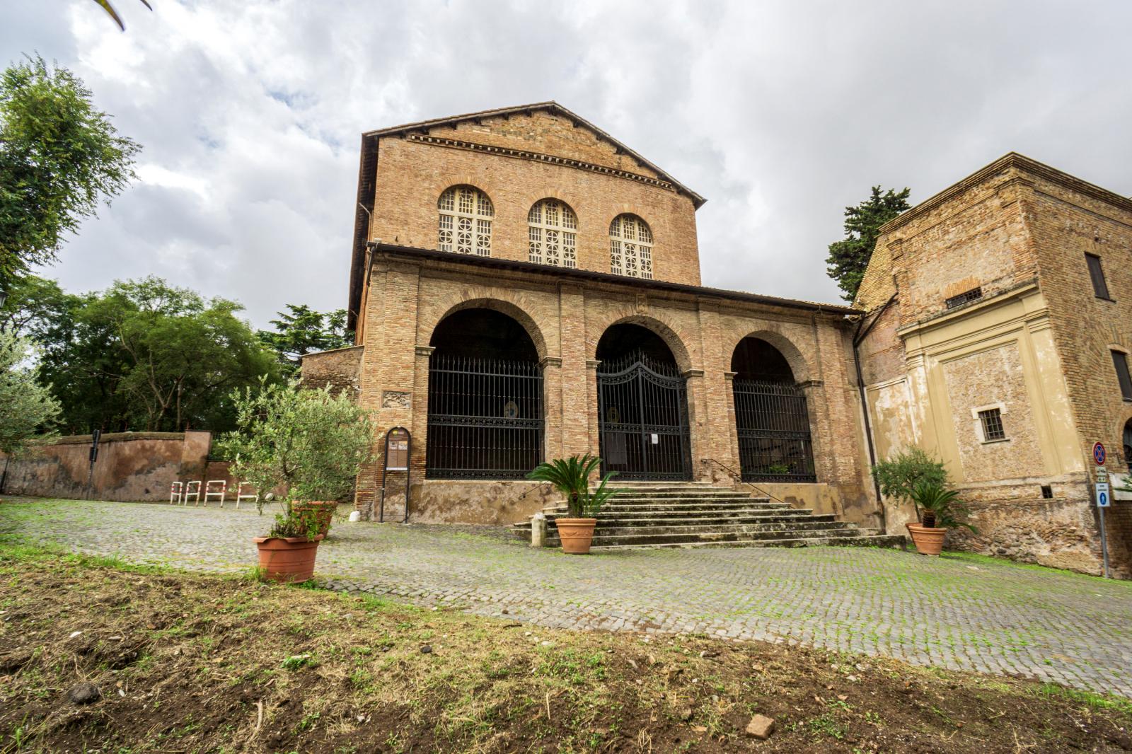 Basílica de Santa Balbina, a mártir que encontrou as correntes de São Pedro