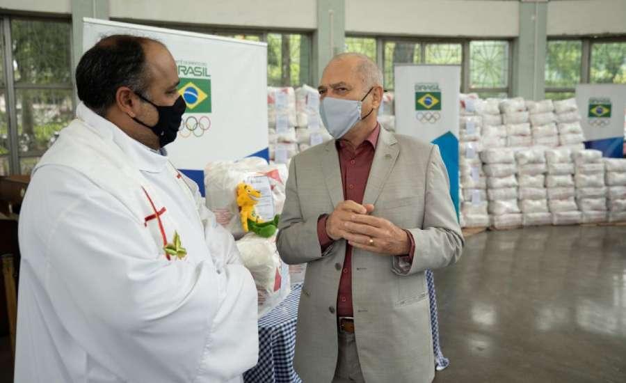 COB doa 20 toneladas de alimentos para Arquidiocese do Rio de Janeiro