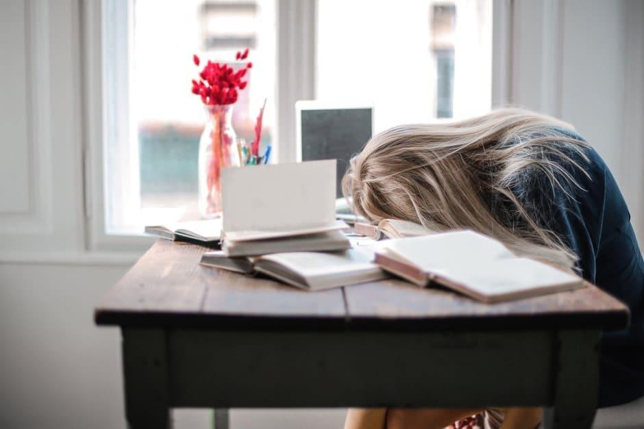 "Está exausto(a) ""até a alma""? Estes 2 versículos bíblicos podem te animar"