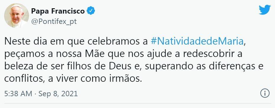 Tweet do Papa